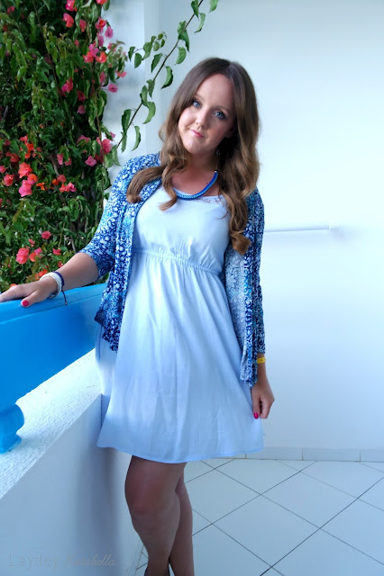 photo of New Look Blue Tile Print Drop Pocket Kimono and Prairie Charms Carrie rope necklace