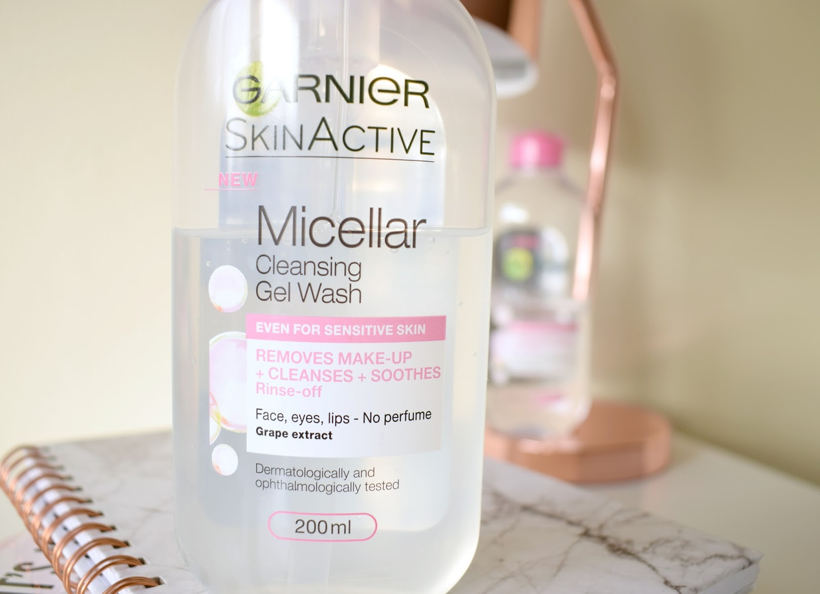 Garnier Micellar Cleansing Gel Wash Facial Cleanser Foaming Face Wash Review Beauty Blogger UK Natasha Kendall SLS PH SKIN ACID MANTLE GOOD OR NOT SUPERDRUG BOOTS first impression and review