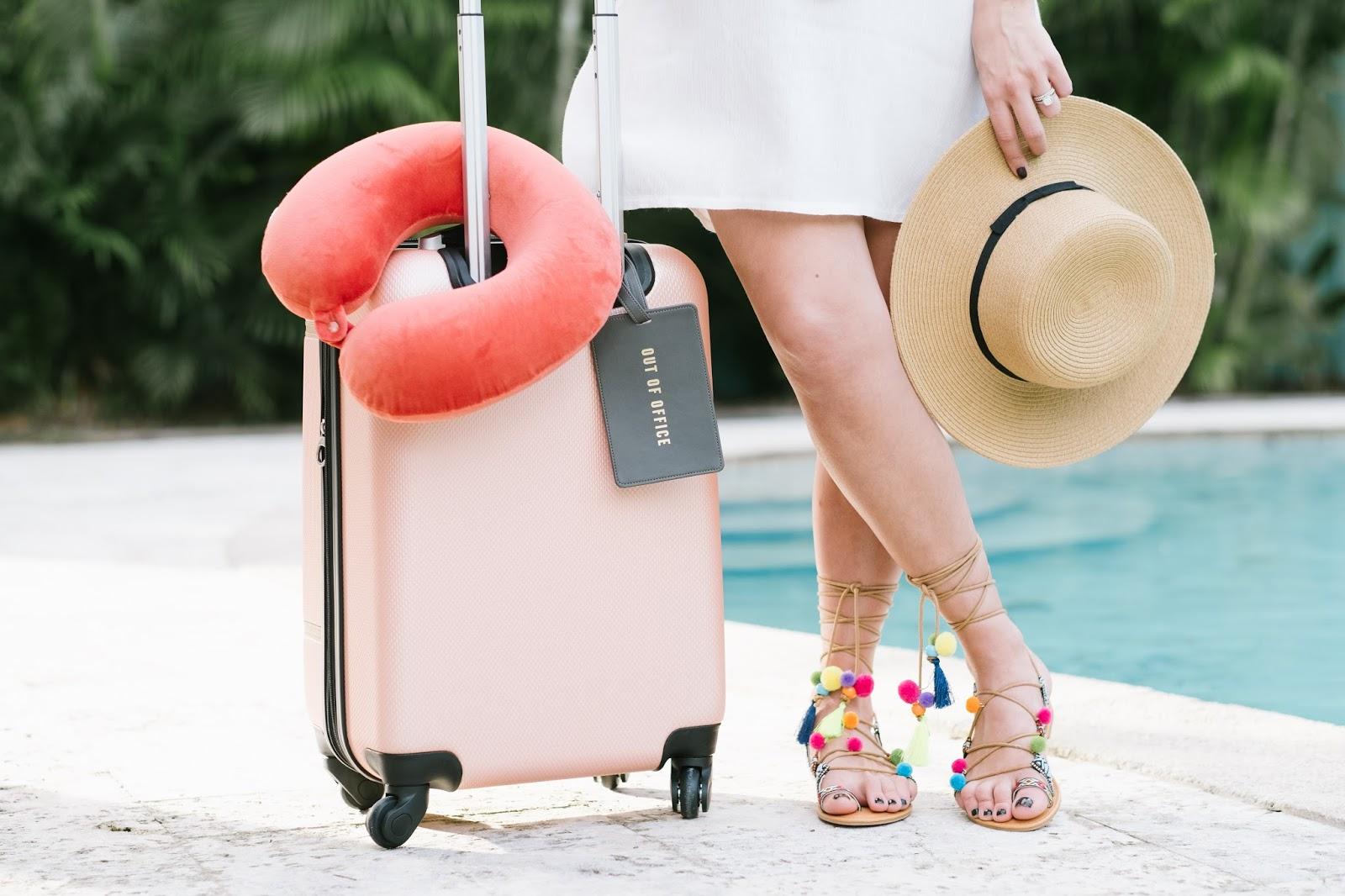 Packing tips for a tropical getaway with Samsonite luggage