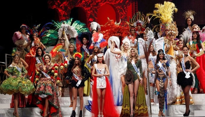 """الفلبين تفوز بمسابقة جميلات """"ميس أنترناشونال"""" من 120 دولة"""