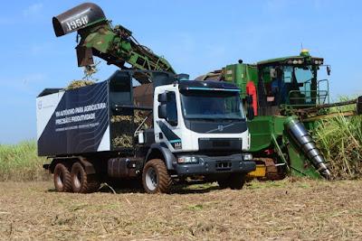 Volvo entrega caminhões autônomos para usina paranaense