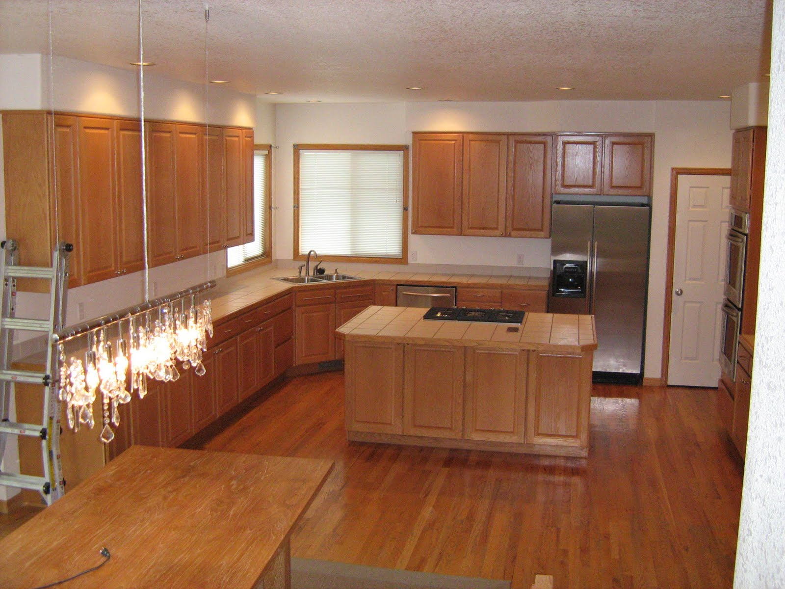 Oak Floor Cabinets Integrity Installations A Division Of Front