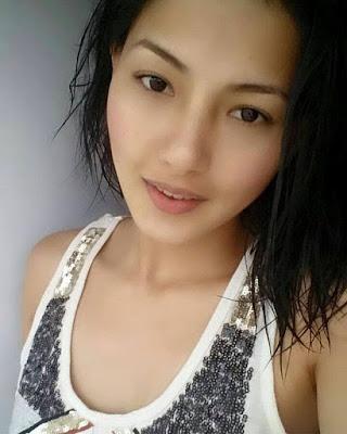 Cute Sexy Samragyee Rajya Laxmi Shah