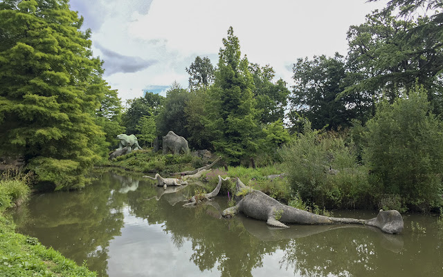 Crystal Palace Park dinosaur lake, 12 August 2016.