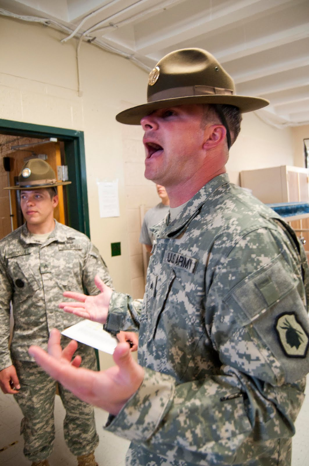 Shutterspeed: Yes, Drill Sergeant!