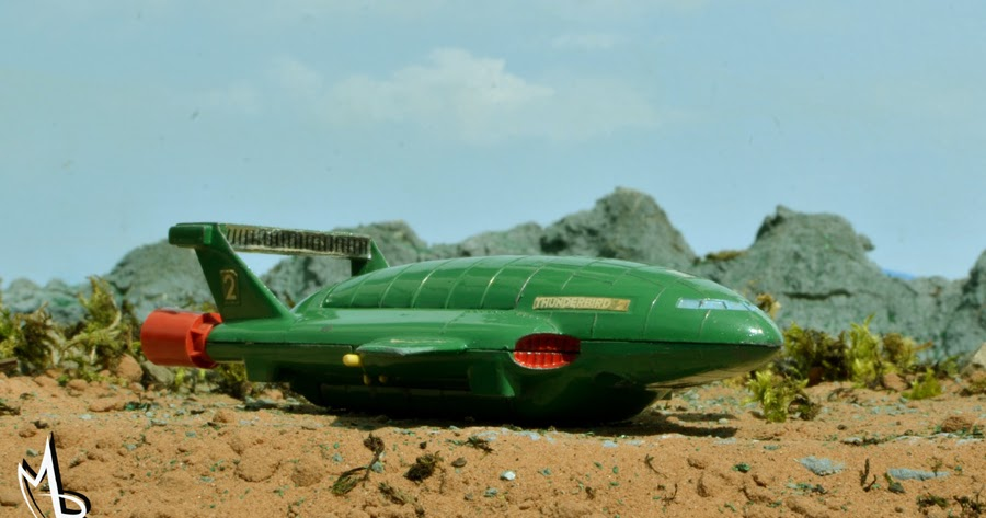 MOONBASE CENTRAL FOCUS ON DINKY THUNDERBIRD 2