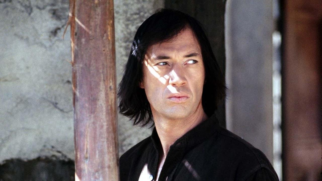 Remake da clássica série Kung Fu está em desenvolvimento pela Universal com diretor de Deadpool 2