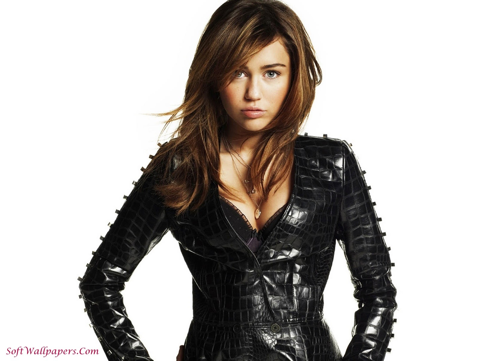 Miley Cyrus Hot HD Wallpapers
