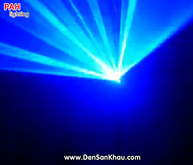 Ánh đèn laser xanh đẹp
