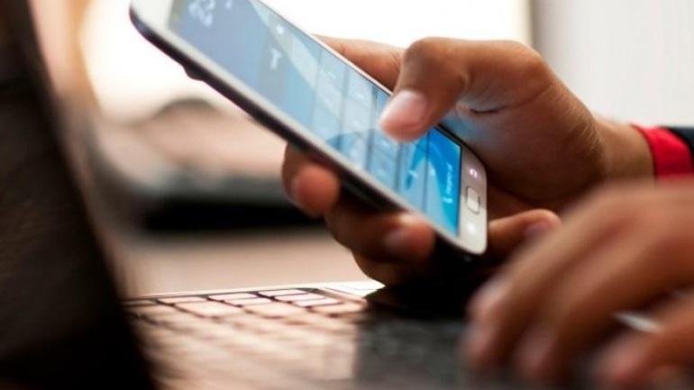 Τηλεφωνικές κλήσεις και sms: Τι αλλάζει στις χρεώσεις εντός της Ε.Ε.