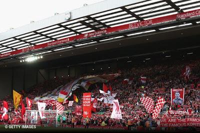 Os clubes integrantes da Premier League decidiram em conjunto manter preço  máximo dos bilhetes destinados aos adeptos das equipas visitantes na ordem  das 30 ... 05a63aba315a7