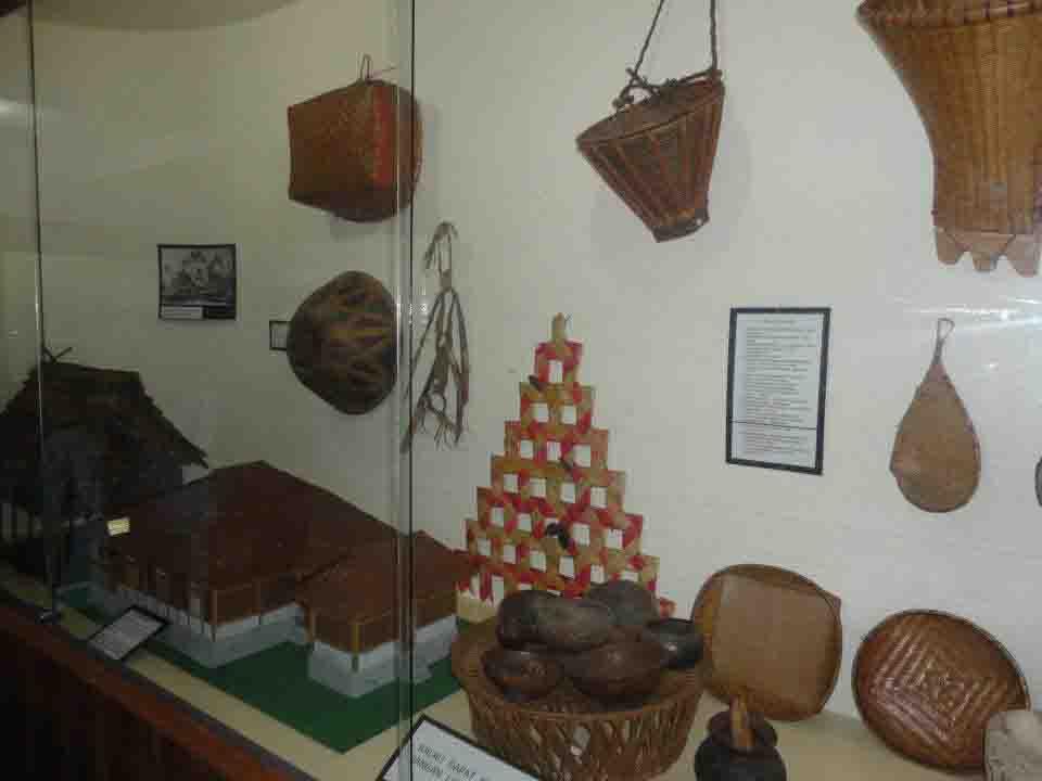 Benda Museum Siwalima Maluku