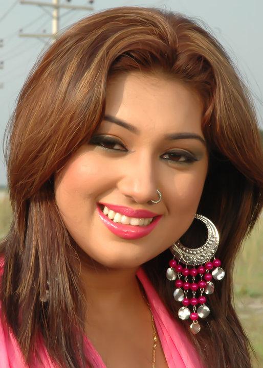 Desi Girl Hd Wallpaper Apu Biswas Top Picture In Bd Talkies Bd Talkies