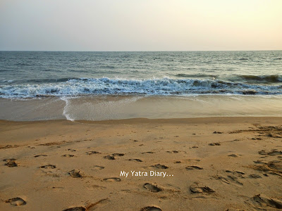 Waves and the ocean at the Kannur beach, Kerala