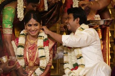 Actress-Vijayalakshmi-gets-married-to-a-director
