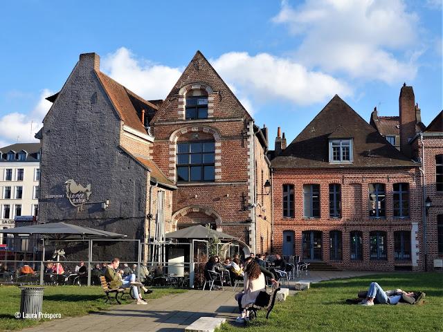 Um dia frio com sol no Vieux-Lille, perfeito para passear e descobrir Lille
