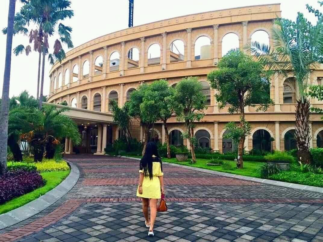 Colosseum Roma di Wisata Bukit Mas Surabaya