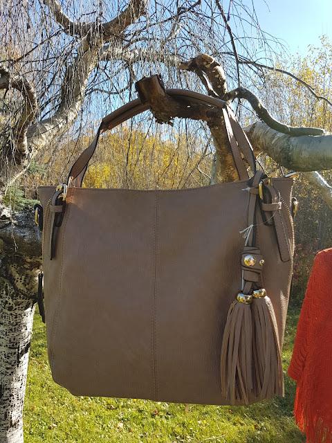 purses at the Camellia