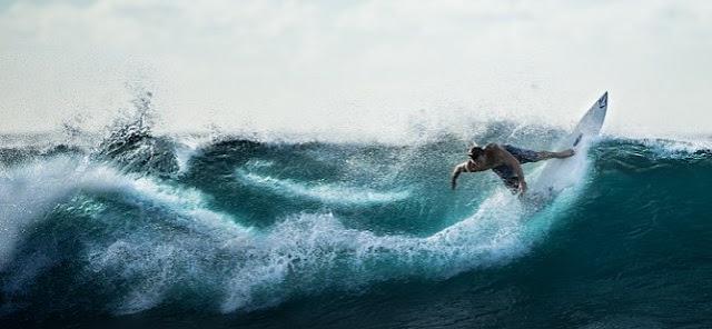 surfer, surfing, pacitan, pantai pacitan, ombak, ombak terbaik