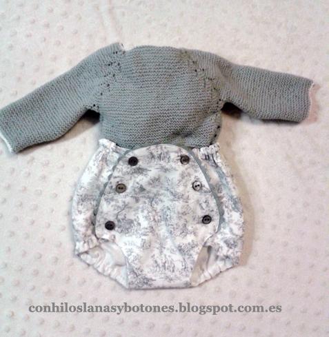 Con hilos, lanas y botones: Jubón gris primera puesta con ranita
