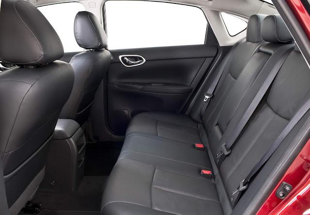 Novo Nissan Sentra 2017 - espaço traseiro