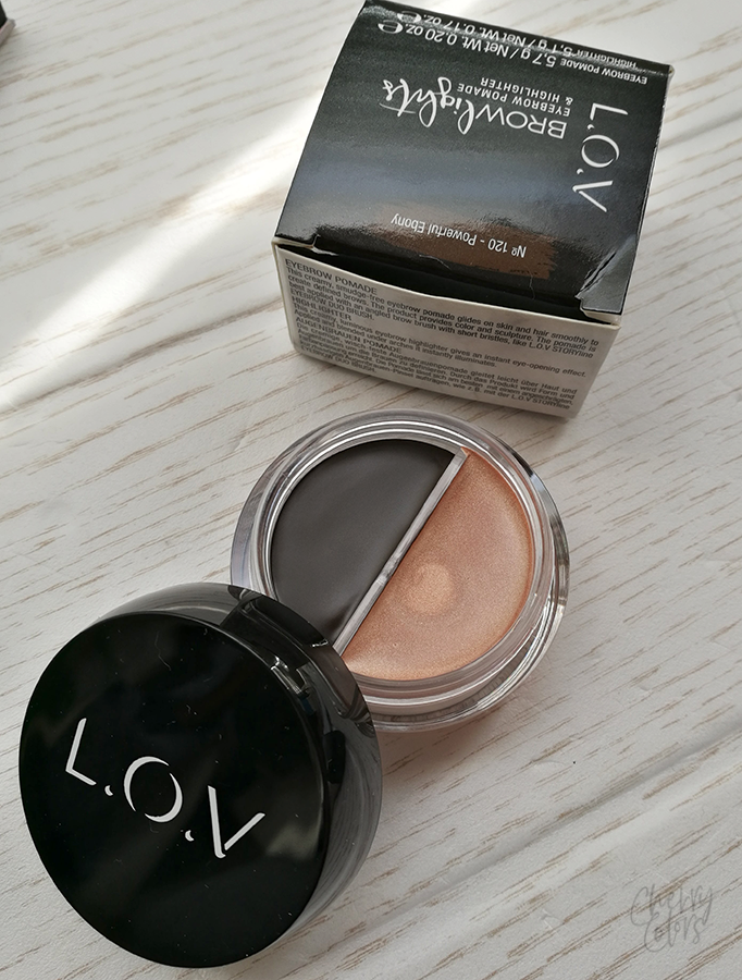 EYEBROW POMADE & HIGHLIGHTER