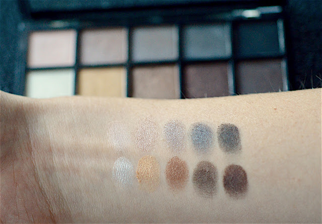 smokey palette swatches
