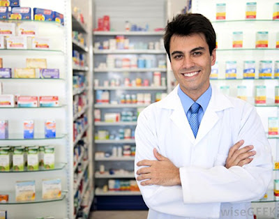 Có bằng cao đẳng dược có được mở nhà thuốc không ?