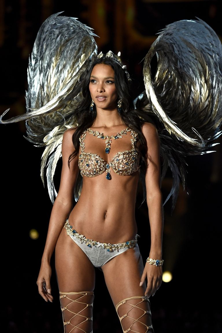 Lais Ribeiro walks VS in opulent $2M gold Fantasy Bra