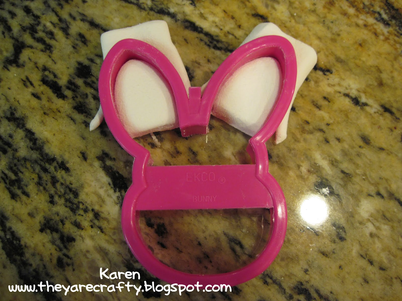 They Are Crafty Donut Bunny Pops