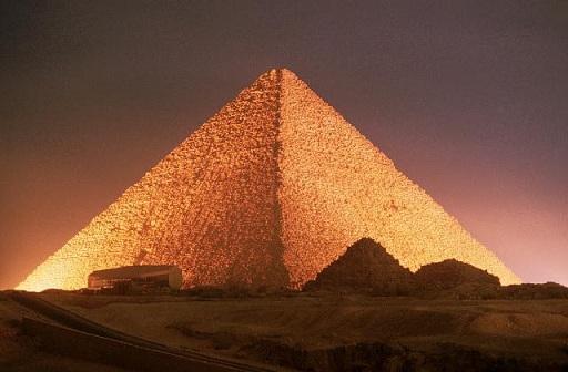 Descubierta una cámara' oculta dentro de la Gran Pirámide 10-sorprendentes-datos-sobre-la-enorme-piramide-de-Giza-2