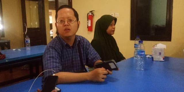 Cinta ditolak, Sugiarti Sebar Foto KTP JUlianto Hingga Masuk Kantor Polisi