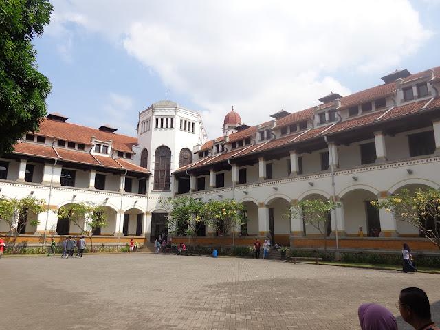Bangunan Bersejarah Itu Makin Kokoh Berdiri dan Makin Indah