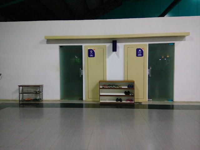 Review Stasiun Kertapati Palembang. Musholla yang adem dan bersih
