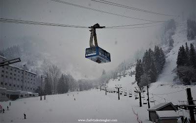 Tempat bermain ski dan snowboard YUZAWA KOGEN  dan kulinernya, vindex tengker