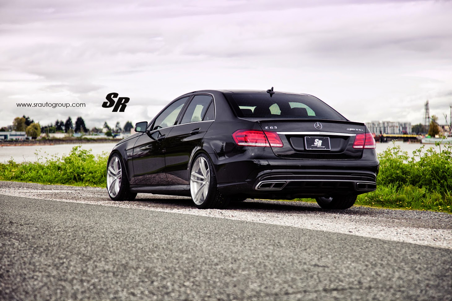 mercedes benz e63 amg on pur rs07 wheels benztuning. Black Bedroom Furniture Sets. Home Design Ideas