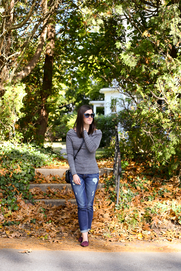 How to Wear an Off The Shoulder Top for Fall, Fall Fashion, Fall Outfit Idea, Off the Shoulder Top, Girlfriend Jeans
