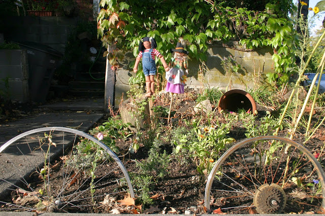 Garden border with found objects
