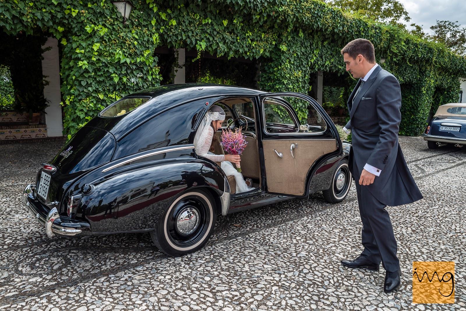 Fotografía de boda en Granada, llegando al Caballo Blanco
