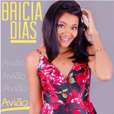 Bricia Dias - Avião