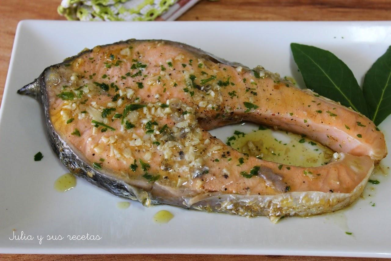 Julia y sus recetas salm n al ajillo for Como cocinar salmon plancha