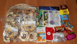 http://misiowyzakatek.blogspot.com/2015/08/swiecznik-za-prezent.html