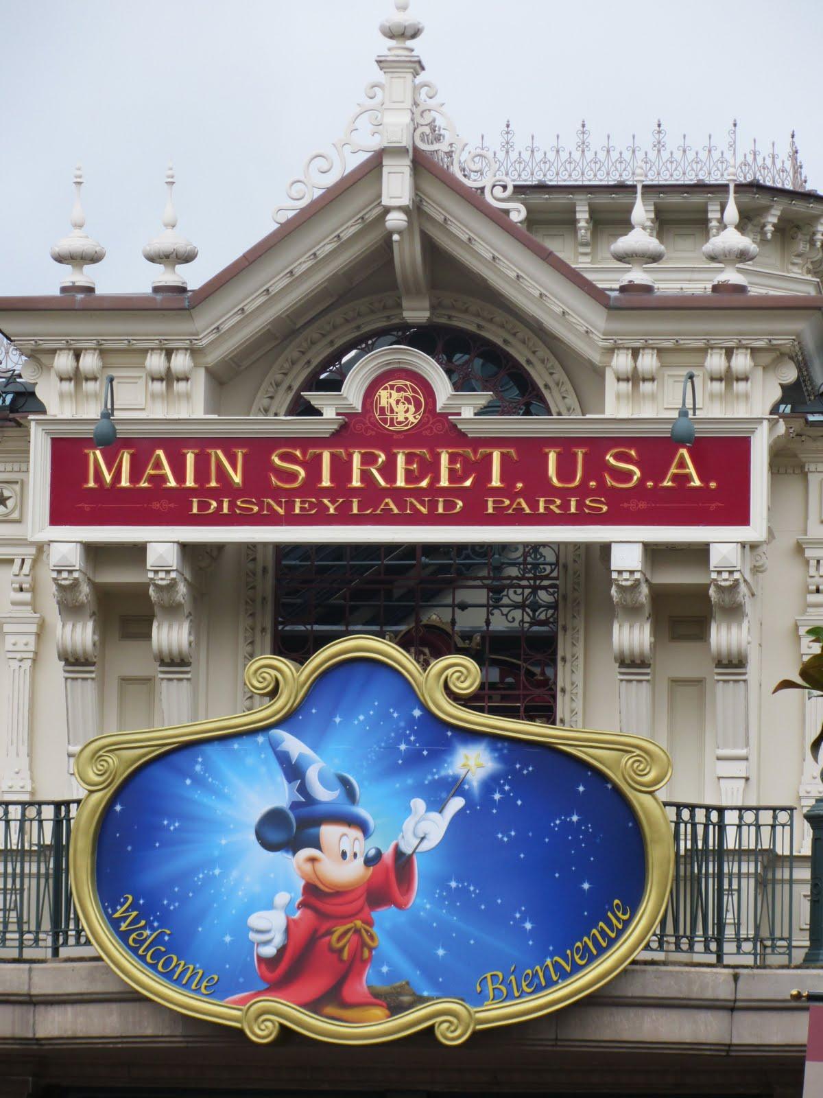 Macgrandles R US: Paris Disneyland