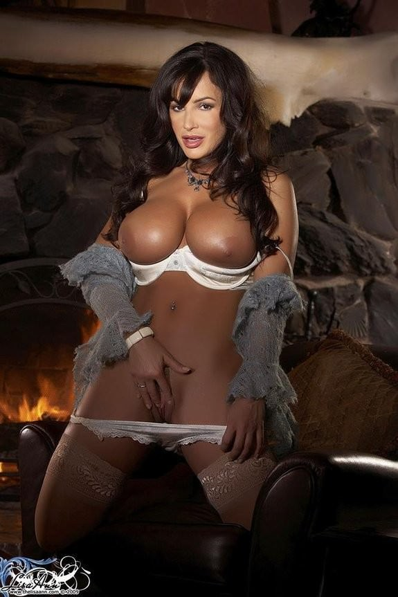 Sexy Pornstar Lisa Ann Hardcore Anal Sex