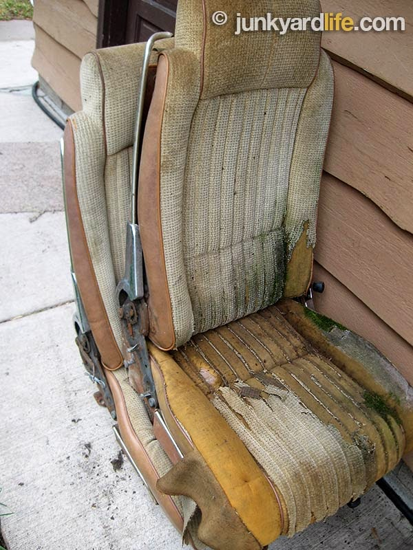 Grungy but restoreable seats accompany the 1979 H/O.