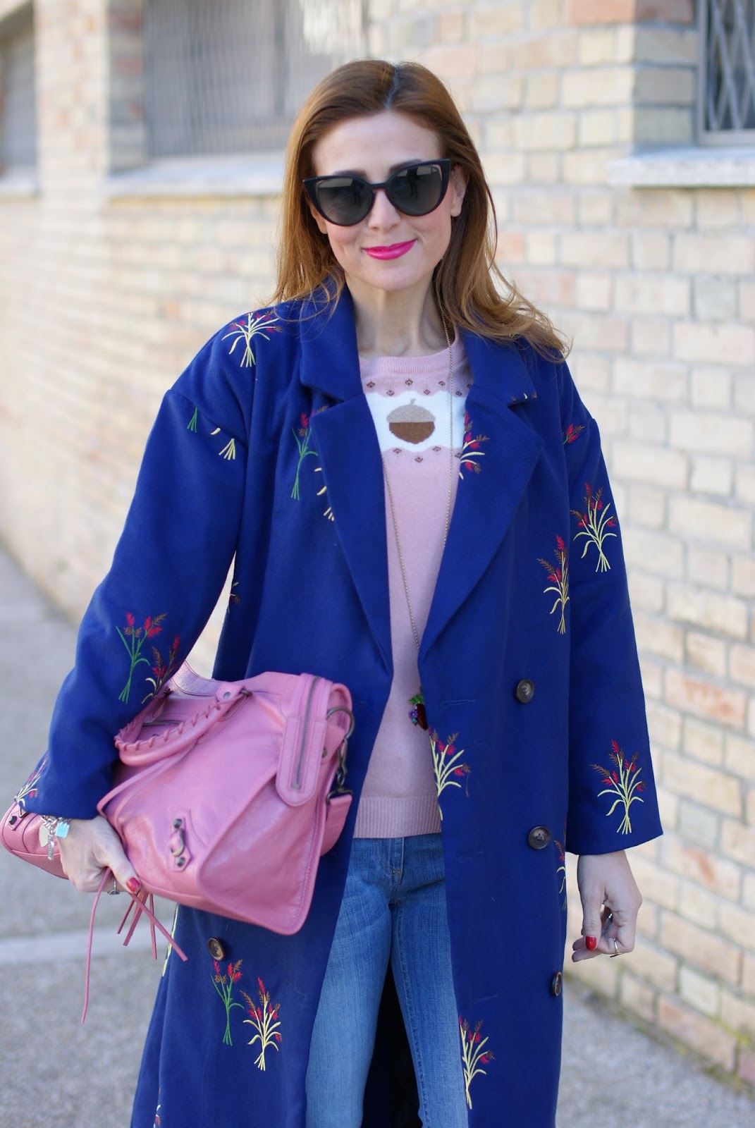 Pink Balenciaga bag and Zaful coat on Fashion and Cookies fashion blog, fashion blogger style