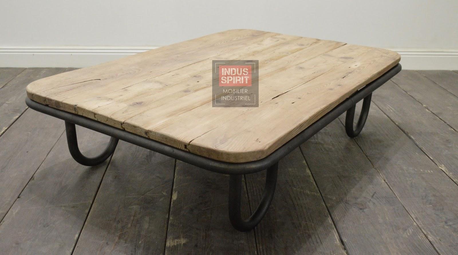 table basse industrielle. Black Bedroom Furniture Sets. Home Design Ideas
