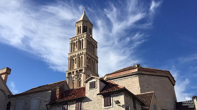 campanario del palacio diocleciano en split croacia