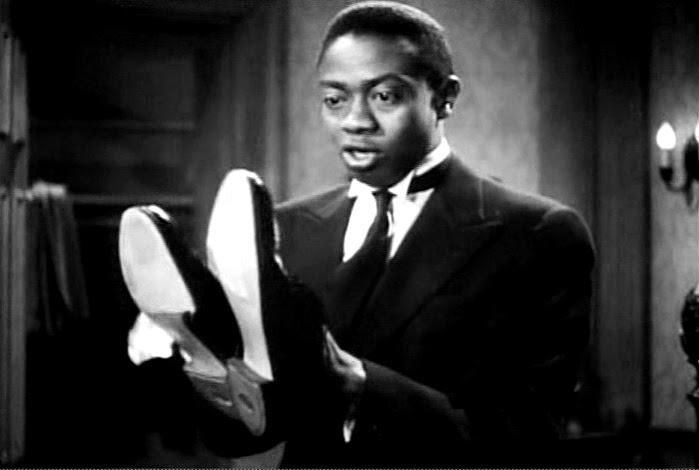 13: THE SMILING GHOST / Warner Bros. - 1941