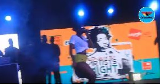 Ebony performs 'Poison' at Now Here Cool concert